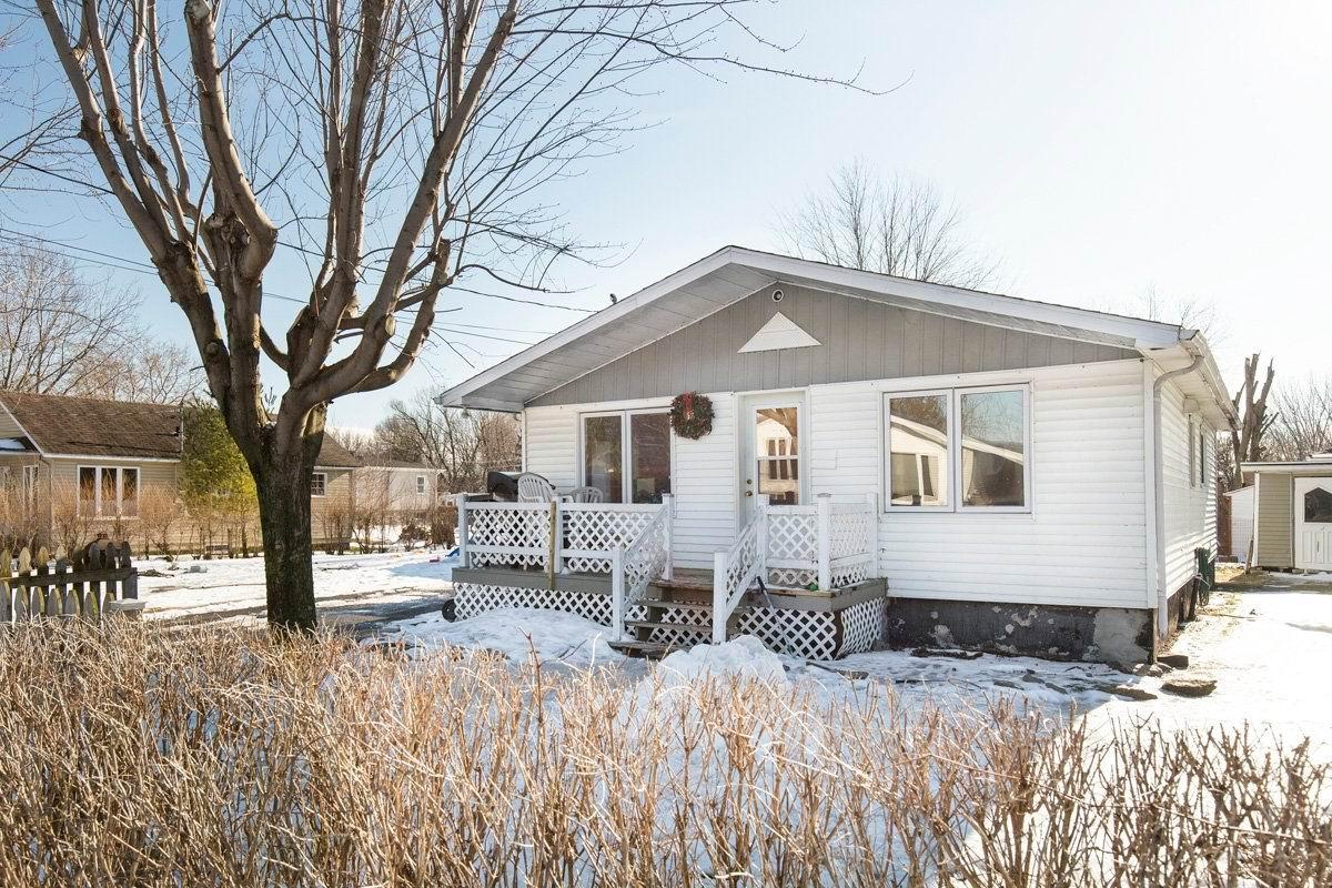 Maison st blaise sur richelieu id al pour 1er achat for Achat maison montreal canada