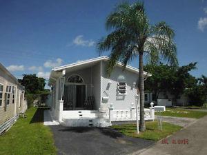 Floride maison mobile a vendre saint constant mont r gie for A louer en floride maison mobile